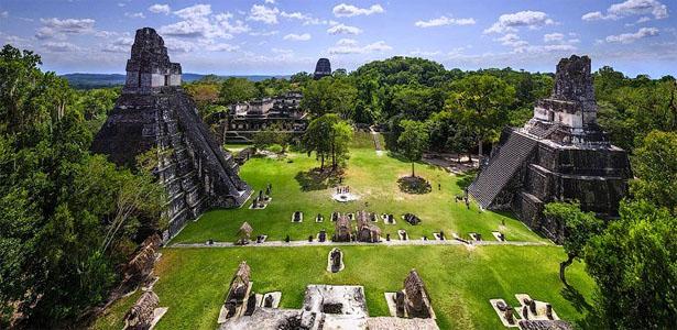 vista del sitio arqueológico del Parque Nacional Tikal