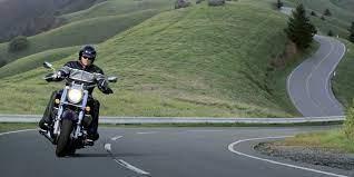 moto en carretera