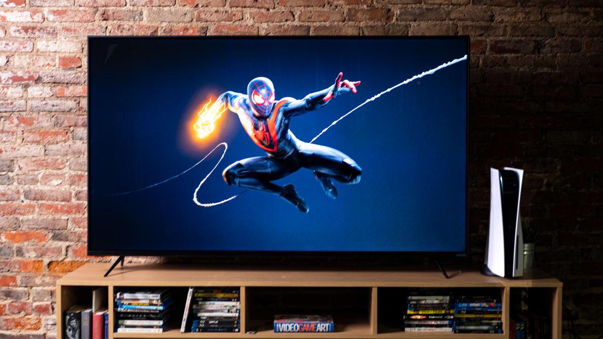 pantalla con Playstation 5 y spiderman de fondo