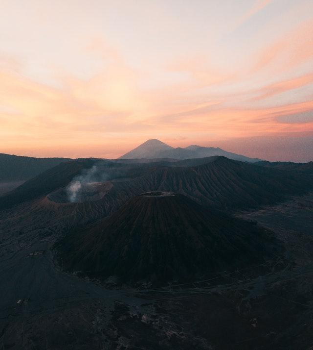Volcanes en ciudad Guatemala